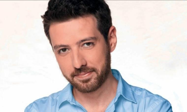 Μάνος Παπαγιάννης: Αναβλήθηκε η πρεμιέρα της παράστασης λόγω ασθένειας
