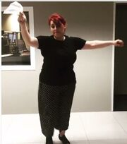 Η Κατερίνα Ζαρίφη το έριξε στον χορό!