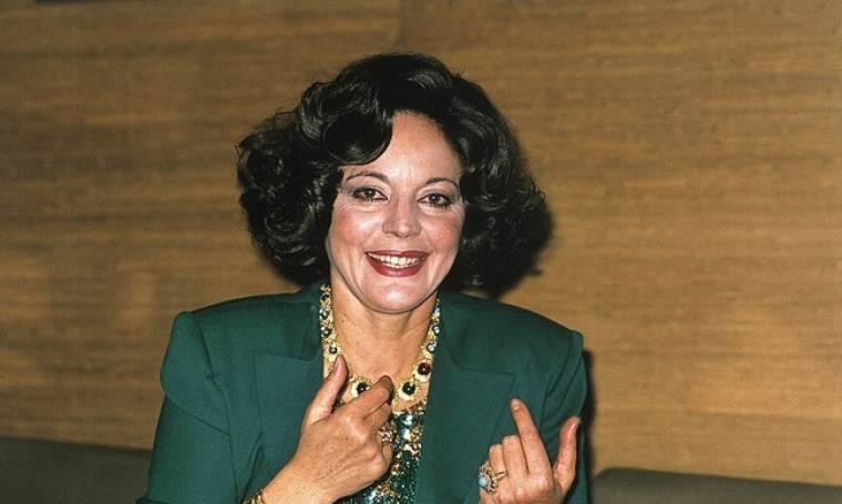 Καίτη Παπανίκα. Πέθανε στο σπίτι της. Είχε παραιτηθεί απο τη ζωή (Nassos blog)