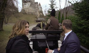 O Νίκος Κοκλώνης ταξιδεύει στην Ρουμανία με τον Τρύφωνα Σαμαρά