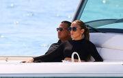 Jennifer Lopez: Ζει τον έρωτά της