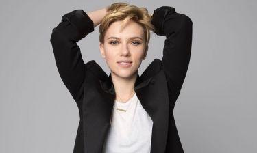 H Scarlett Johansson είναι ερωτευμένη και αυτές είναι οι πρώτες φωτογραφίες με το νέο της σύντροφο