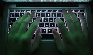 Συγκλονιστικό βίντεο της Ελληνικής Αστυνομίας για τους κινδύνους του internet στους έφηβους