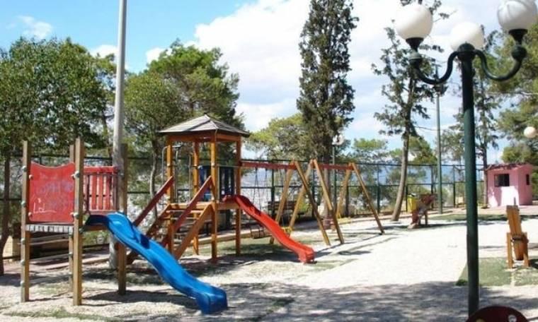 Σοκ στην Καλαμάτα: 83χρονος κακοποιούσε σεξουαλικά 12χρονο σε παιδική χαρά