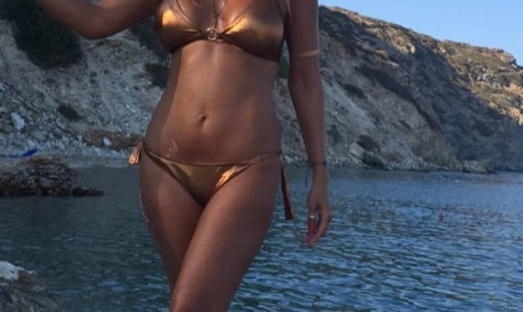 «Κολάζει» η Ελληνίδα μάνα με τη φωτογραφία της!