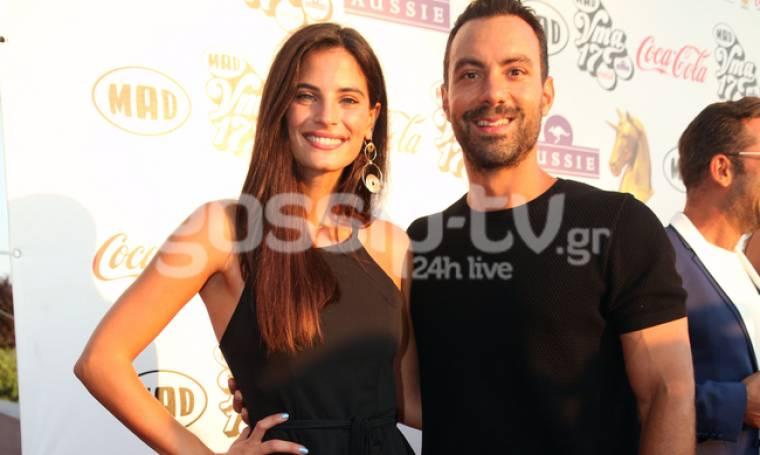 Madvma 2017: Ο Σάκης Τανιμανίδης μαζί με τη Μπόμπα του στο κόκκινο χαλί