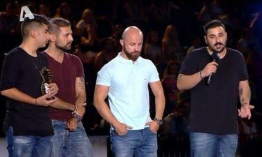 MAD VMA:Η συγκινητική στιγμή όταν τα αδέρφια του Παντελή Παντελίδη πήραν το βραβείο στη μνήμη του