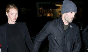 Ο Jason Statham έγινε πατέρας! Η πρώτη φωτογραφία του γιου του