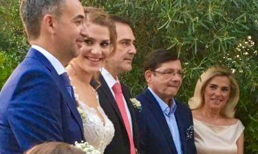 O Θοδωρής Δρακάκης πάντρεψε την κόρη του. Δείτε φωτογραφίες από τον γάμο