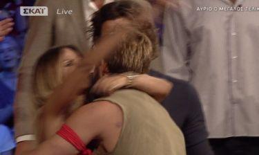 Survivor: Περασμένα ξεχασμένα… Η Πασχάλη αγκάλιασε τον Ντάνο