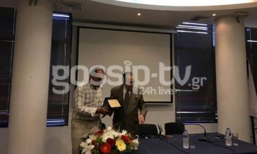 Τόλης Βοσκόπουλος: Η συναυλία στη Νίκαια, η βράβευση και τα δάκρυα της κόρης του
