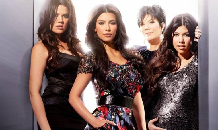 Αυτές είναι οι Kardashians: Όλη η οικογένεια των Καρντάσιανς είναι εναντίον του Σκοτ