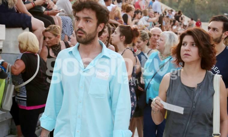 Δημήτρης Κουρούμπαλης: Σπάνια δημόσια εμφάνιση με τη σύντροφο του