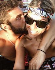 Ο Βασάλος αποκαλύπτεται! Φωτογραφίζεται αγκαλιά με καλλονή της TV και τη φιλά παθιασμένα!