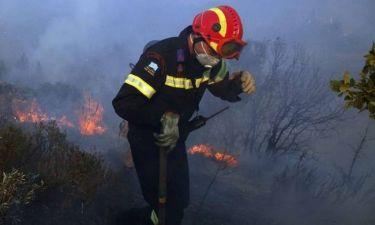 «Έφυγε σαν ήρωας» - Θρήνος για τον 33χρονο πυροσβέστη Αριστείδη Μουζακίτη