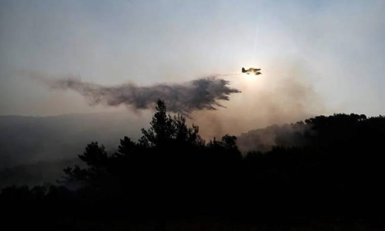 Καίγεται για τρίτη μέρα το Μαυροβούνιο - Εκκλήσεις για διεθνή βοήθεια (vid)