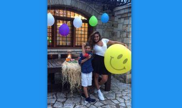 Λάμπρος Χούτος: H Βαλαβάνη στα γενέθλια του γιου του