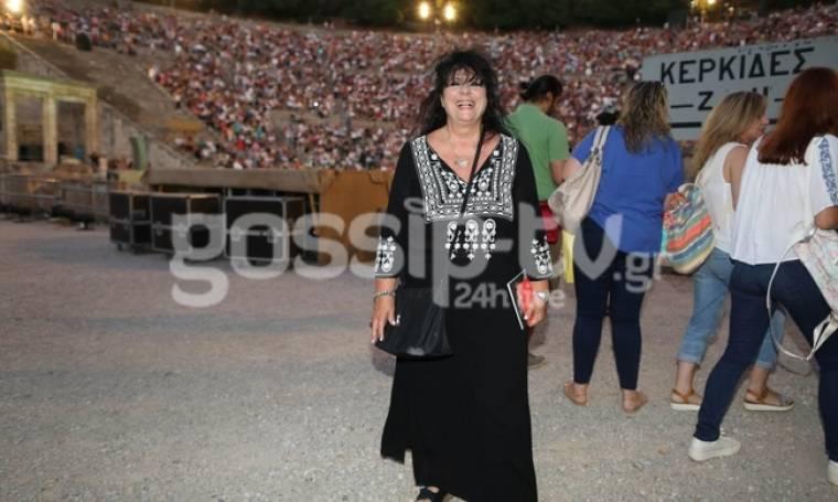 Άννα Βαγενά: Χαμογελά ξανά...