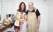 Τζίμης Πανούσης: Σπάνιο φωτογραφικό υλικό με την κόρη και τη σύζυγο του