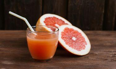 FDA: Προειδοποίηση για τον χυμό γκρέιπφρουτ - Με ποια φάρμακα δεν πρέπει να συνδυάζεται