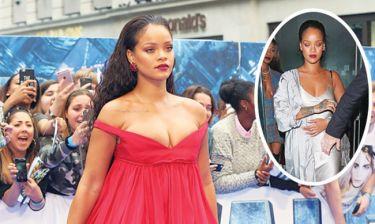 Χωρίς σουτιέν η Rihanna