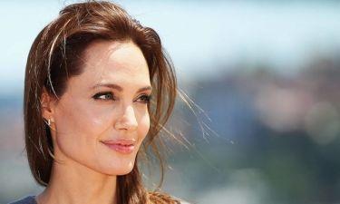 Η συγκλονιστική εξομολόγηση της Jolie για την πάθηση που παρέλυσε το πρόσωπό της μετά το διαζύγιο