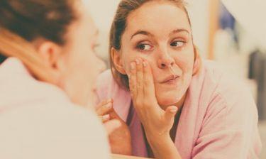 Καθαρισμός προσώπου: Ποια συστατικά πρέπει να αναζητάτε ανάλογα με τον τύπο της επιδερμίδας σας