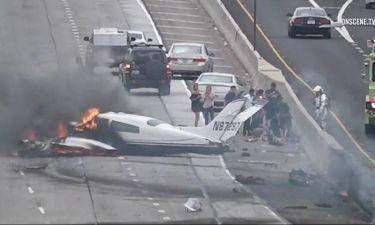 Συγκλονιστικό βίντεο: Καρέ-καρέ η συντριβή αεροπλάνου σε αυτοκινητόδρομο στην Καλιφόρνια