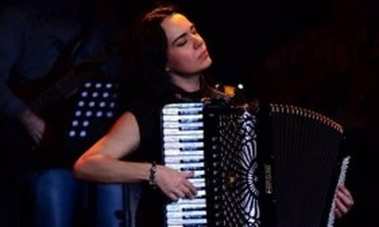 Ζωή Τηγανούρια: Οι καλοκαιρινές συναυλίες συνεχίζονται!