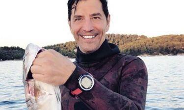 Σάκης Ρουβάς: Εδώ ο καλός ψαράς!
