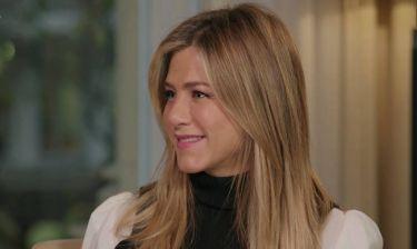 Aniston: Απάντησε στο φλέγον θέμα που απασχολεί τους φανς 10 χρόνια μετά το τέλος των Friends