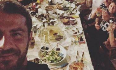 Η οικογενειακή φωτογραφία του Ντάνου στο Instagram και το μήνυμα του