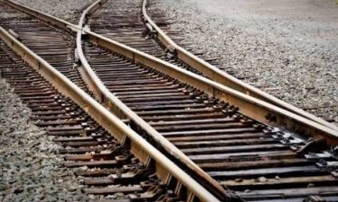 Τραγωδία στα Οινόφυτα: Τρένο παρέσυρε στρατιώτες – Ένας νεκρός