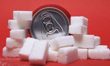 Αναψυκτικά με ζάχαρη & σπλαχνικό λίπος: Όσα πρέπει να γνωρίζετε