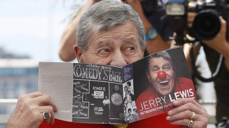 Πέθανε ο κωμικός ηθοποιός Τζέρι Λούις