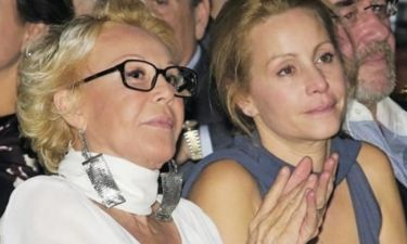Ράκος η Μάρθα. Με υποστήριξη σήμερα στην κηδεία της μητέρας της (Nassos blog)