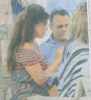 Βάνα Μπάρμπα: Έκανε ταξίδι αστραπή στην Πάρο για τα μάτια του αγαπημένου της (φωτό)