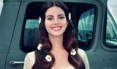 Η Lana Del Rey μας δείχνει την κολλητή της Ελληνίδα