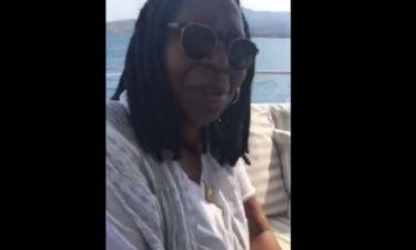 Whoopi Goldberg: Απολαμβάνει τις διακοπές της στην Ελλάδα και ποστάρει βίντεο