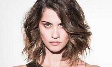 Έχεις κοντό καρέ; Δες πώς μπορείς να πετύχεις χαλαρά waves στα μαλλιά σου!