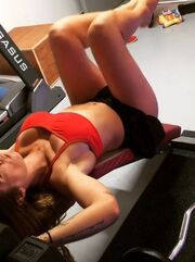 Η γυμναστική την χαλαρώνει και... αναστατώνει εμάς!