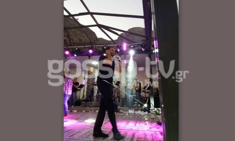 Χρήστος Μενιδιάτης: Πήγε στην Κάλυμνο και τραγουδούσε μέχρι το ξημέρωμα