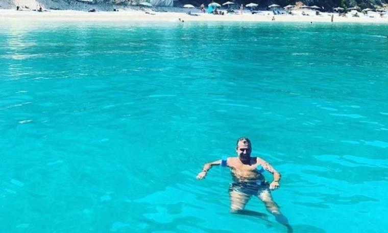 «Δελφίνι» ο Λιάγκας! Οι βουτιές του στην Ιθάκη