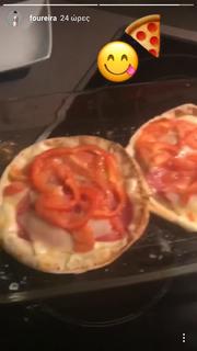 Ελένη Φουρέιρα: Η πίτσα ψήνεται… και η τραγουδίστρια δεν μπορεί να περιμένει