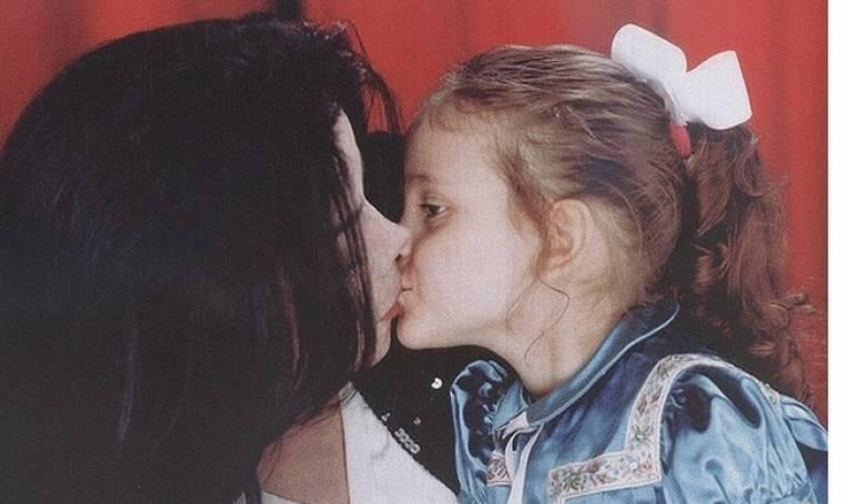Οι φωτογραφίες της Paris Jackson με τον πατέρα της που συγκινούν