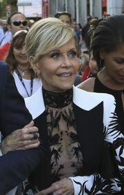 Η Jane Fonda «λάμπει» δίπλα στον γιο της