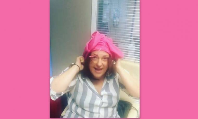 Τρελό Γέλιο: Κατερίνα Ζαρίφη:«Ούτε στο ένα μπούτι δεν μου μπαίνει το σορτς, θα το βάλω στο κεφάλι»