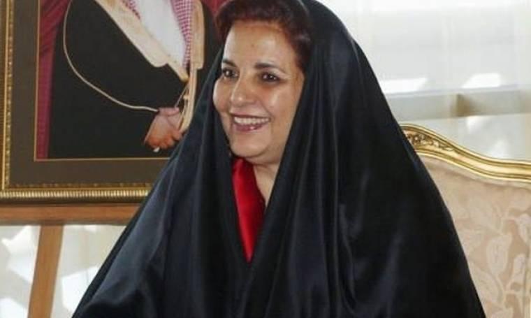Επιμένει ελληνικά η βασίλισσα του Μπαχρέιν