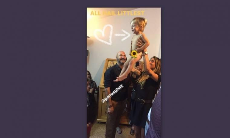 Baby bloom! Οι νέες τρυφερές φωτο από τη βάφτιση του γιου της Σοφίας Καρβέλα