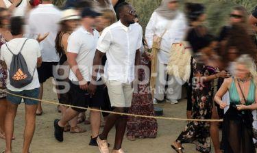 Οι βόλτες του Bolt στην Μύκονο